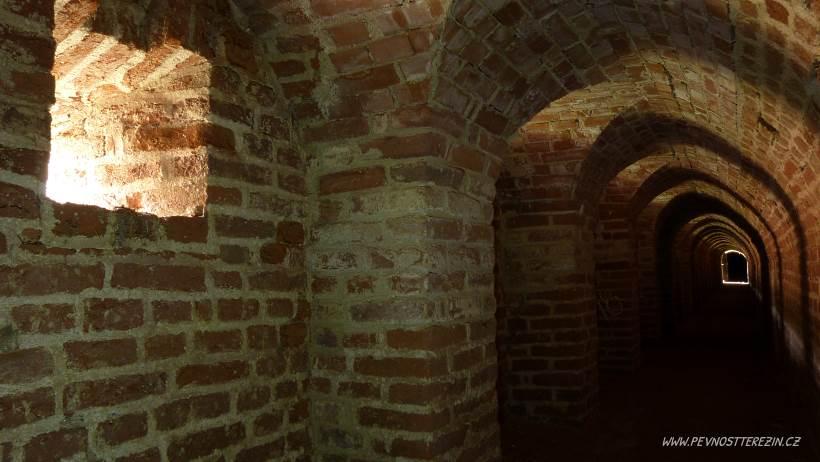 Podzemí - hlavní galerie (březen 2017)