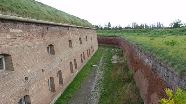 bastion-2-prikop-201210
