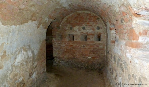 podzemi-traverza-1203