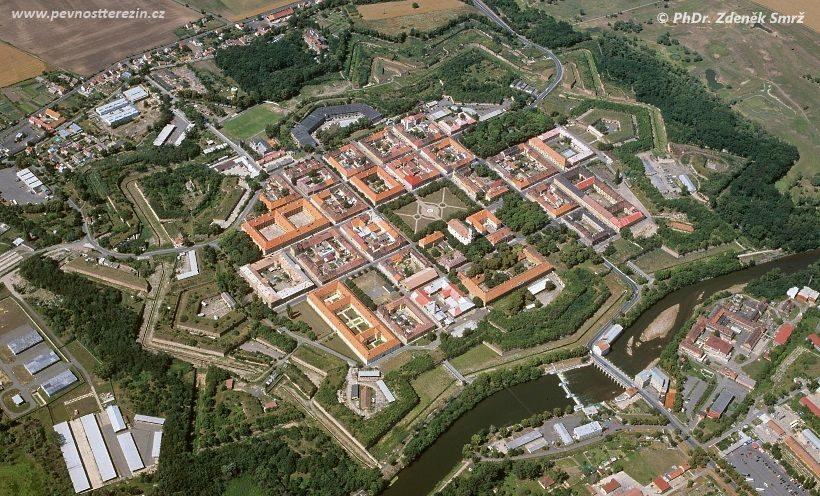 Pevnost Terezín - letecký (Smrž)